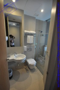 The Seacare Hotel Bathroom